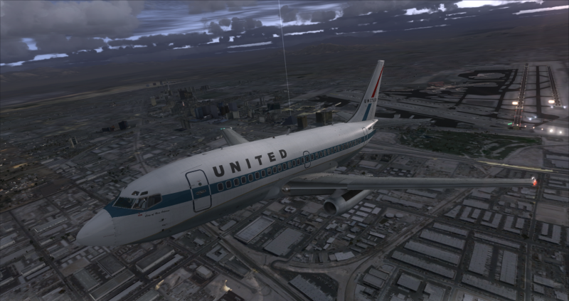 737-200 departing KLAS.png
