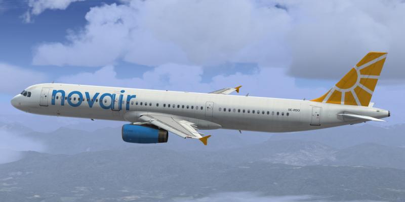 Slider Airbus A321 novair SE-RDO 2.jpg