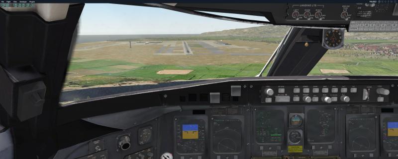 CRJ200_2.jpg