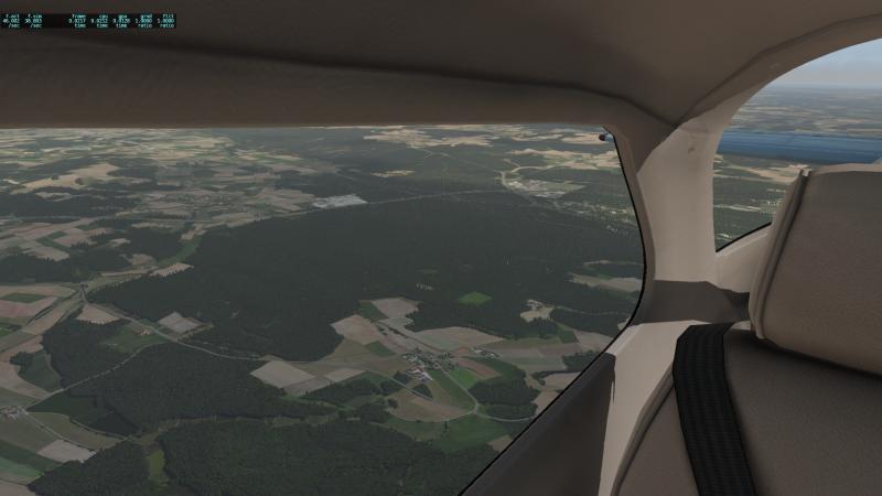 Cessna_172SP_14.thumb.png.d5cf5124576f7869e5e2c4dbb98eb309.png