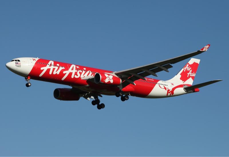 Air_Asia_X_Airbus_A330-300_MEL_Zhao.jpg