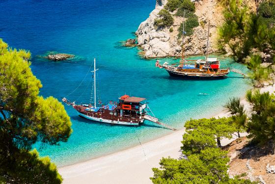 Karpathos_apella_beach_560.jpg.5c06b0a7c6549acae9d39e26b626d214.jpg