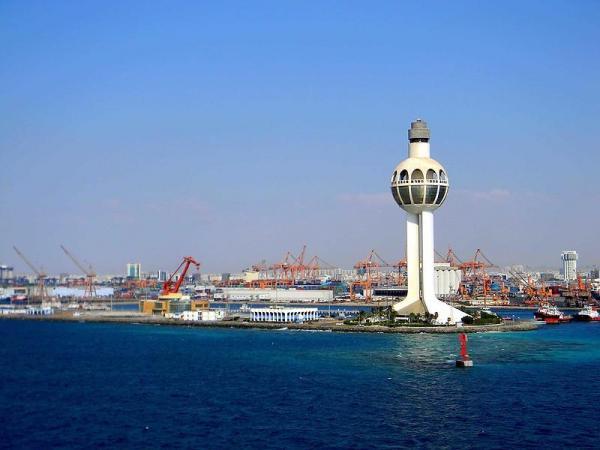 jeddah-lighthouse-height.thumb.jpg.7419ec595b3215e30a06f60a1f562a92.jpg