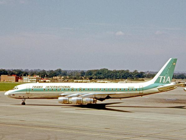 Douglas_DC-8-51_N8008D_TIA_LGW_23.07.66_edited-4.jpg