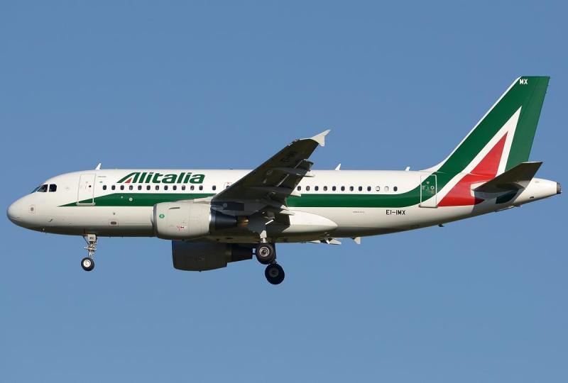 Airbus_A319-111,_Alitalia_JP7554853.jpg