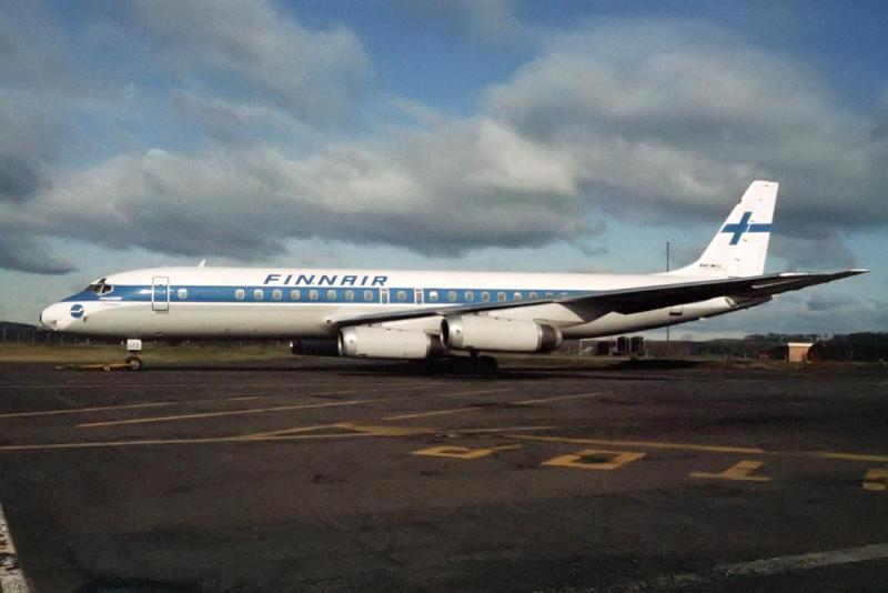 OH-LFZ_McDonnell_Douglas_DC-8-62_Finnair_(15093754001).jpg