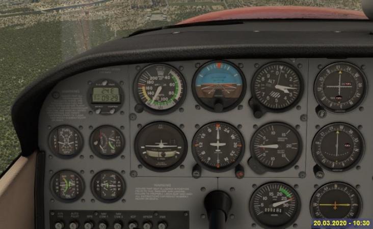 Cockpit_aereo libellula.jpg