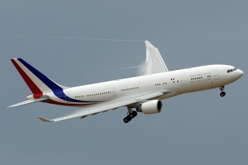 F-RARF_-_A330-200_-_French_Airforce_-_EVX_-_Training_BA105_CTM1275_-_04365.jpg