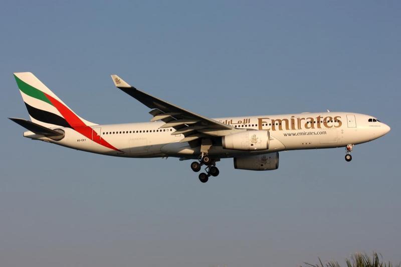 727214342_Airbus_A330-243_Emirates_AN1758612.thumb.jpg.f312fac7f8ef0b870b2df41832884682.jpg